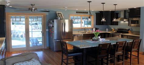 sliding doors between kitchen dining room