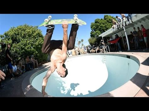 Tony Hawk Backyard by Tony Hawk And Lance Mountain Backyard Pool Session Doovi
