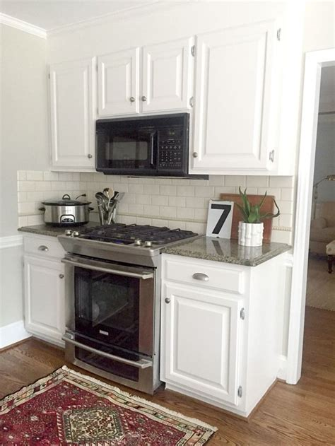 painting kitchen cabinets light gray our white kitchen cabinets granite painting kitchen