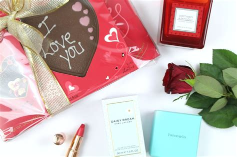 last minute valentines day gift guide for