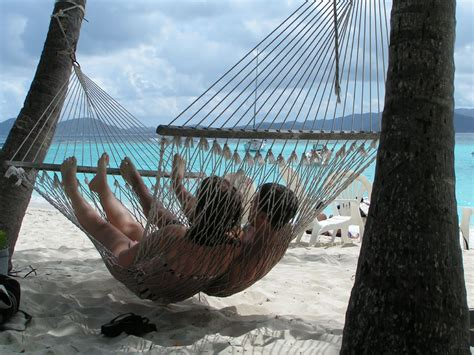Couples Hammock hello summer 5 tips for your summer household