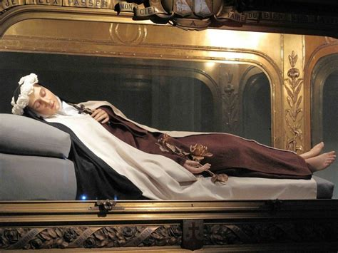 how st died the incorrupt of st therese nee therese de lisieux