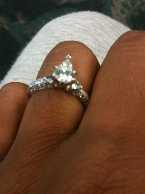 Diamond Ring In Box Hd Engagement Rings On Fingers Tumblr Hd Fashion Rings For Woman « diamantbilds
