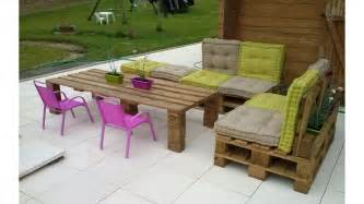 salon de jardin emu diy pallet patio furniture penmie bee