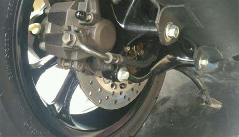 Kanvas Rem Cakram Mobil cara agar kanvas rem cakram belakang sepeda motor matic