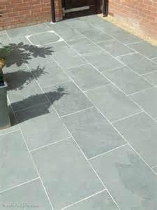 Grey Patio Slabs by Grey Blue Brazilian Slate Paving Patio Garden Slabs Tiles