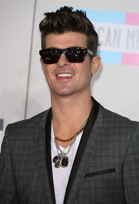 Robin Hecke by Robin Thicke Picture 18 2011 American Awards