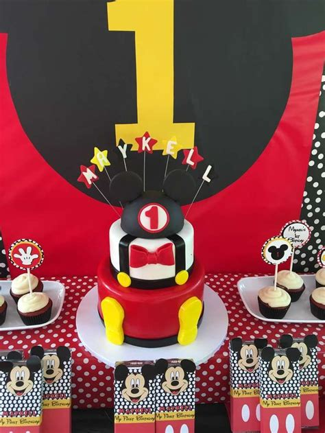 birthday themes mickey mouse 832 best mickey mouse party ideas images on pinterest