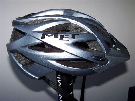 Kaos Merida mountainbike nl onderwerp fietshelm met kaos gunmetal