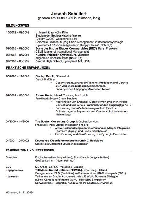 Lebenslauf Vorlage Bachelor Lebenslauf Beispiele Und Vorlagen Zum