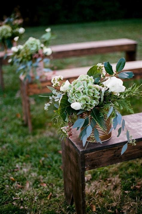 25  best ideas about Wedding bench on Pinterest   Outdoor
