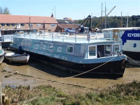 2 bedroom boats for sale 2 bedroom house boat for sale in ferry quay woodbridge