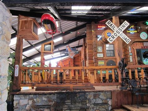 epic log homes mondays 9 8c epic