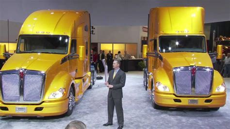 2012 kenworth t680 price the kenworth t680 unveiled youtube