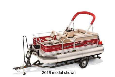boat trader rockford il bass tracker new and used boats for sale in illinois