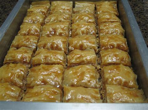 Arabic Sweet Baklava Roll Mixnut image gallery lebanese baklava