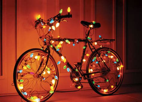 holiday gifts for cyclists bicycling