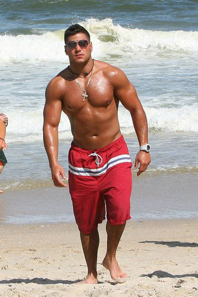 cross tattoo ronnie jersey shore ronnie magro jersey shore cast seaside heights