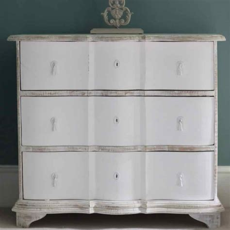 Distressed Chest Of Drawers by Distressed White Chest Of Drawers