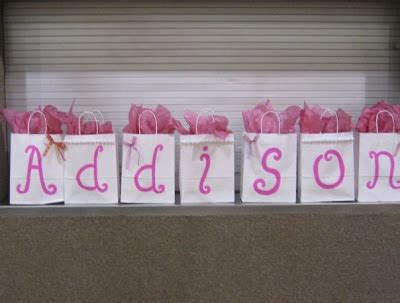 I M Not Messy I M Just Busy A Royal Baby Shower Baby Shower Door Gift Ideas