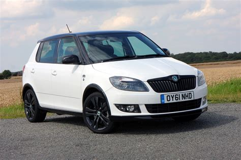review skoda fabia skoda fabia hatchback review 2007 2014 parkers