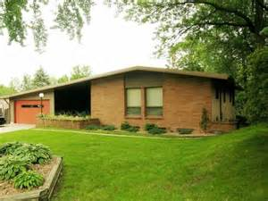 Mid Century Modern Ranch House by Mid Century Modern 1962 Ranch Home Atomic Ranchers