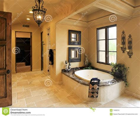 kris jenner badezimmer termas do banheiro da mans 227 o do recurso foto de stock