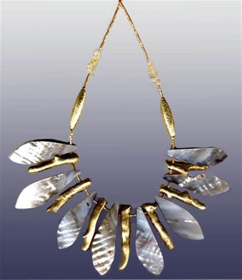 What Is 2007 Jewelry Trends by Womens Gold Jewellery Trends Fashion Accessories Autumn