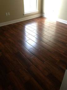 Ceramic Floor Tile That Looks Like Wood Wedge Nobile Siena 8x24 Wood Look Ceramic Tile Bathroom Floor Carpets The