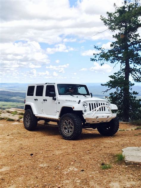 jeep rubicon all white 17 best ideas about all white jeep wrangler on