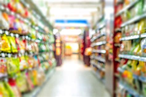 Suspeitos são presos após furtarem objetos em supermercado