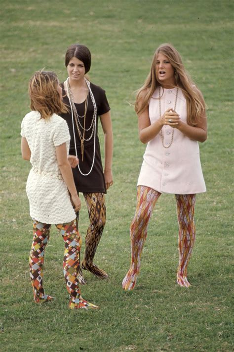 that 60s show what american high school students dressed