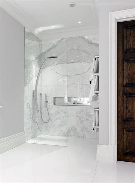 Tile Bathroom Ideas Photos salle de bain marbre blanc pour afficher une classe