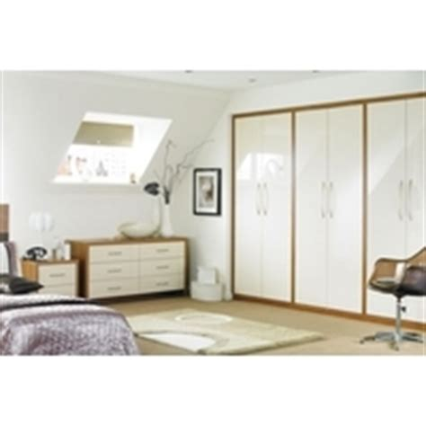 Cooke Lewis Bedroom Furniture Cooke And Lewis Bedroom Furniture Cooke Lewis Designer Vanilla Gloss 3 Bedroom Cooke Lewis