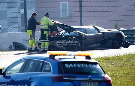 koenigsegg crash test new koenigsegg agera development car has serious crash on