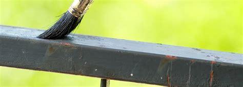 verniciare ringhiera come dipingere una ringhiera di ferro edilnet