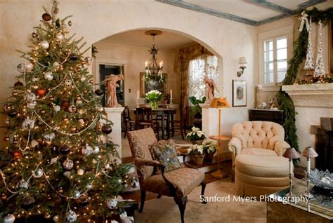 christmas tree traditional living room nashville