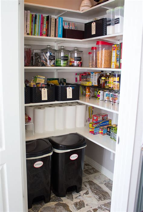 Organizing Small Pantry by 9 Useful Tips To Organize Your Pantry Digsdigs