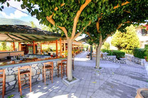 sunny backyard sunny backyard cafe bar 171 sunny garden aparthotel sunny