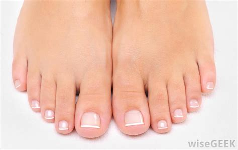 what is the inn color for toes for spring what is a french pedicure with pictures