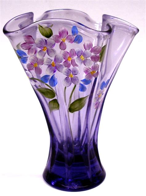 Fenton Glass Vase by 671 Best Images About Mostly Fenton On Glass Vase Dishes And Le Veon Bell