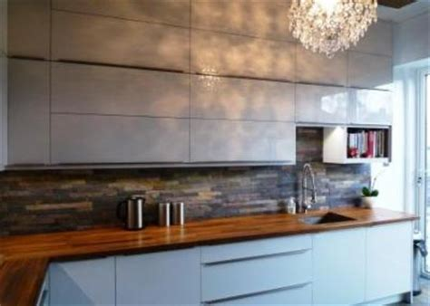 Cream Gloss Kitchen Tile Ideas by Handleless High Gloss Kitchen Guiseley The Skipton