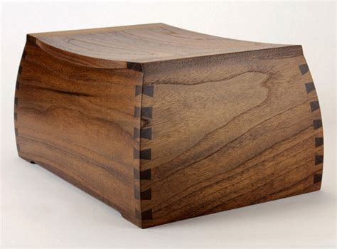 Handmade Wooden Urns - 100 of the world s most beautiful wood cremation urns