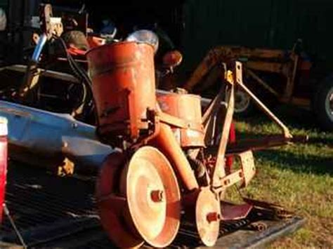 Single Row Planter For Sale by Used Farm Tractors For Sale Cole Single Row Planter 2004