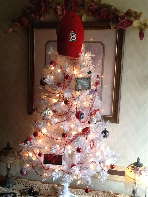 st louis cardinal christmas tree cardinal stuff