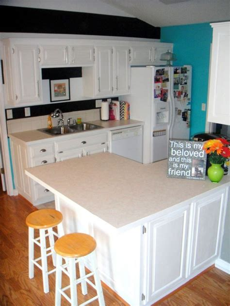 using chalk paint on kitchen cabinets 17 best images about kitchen cabinet colors on pinterest