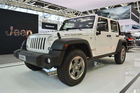 rubicon jeep 2016 jeep wrangler jeep cherokee 2016 bologna motor show