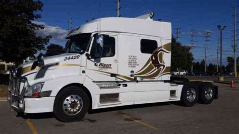 2014 volvo semi truck volvo 730 for sale 2014 sleeper semi trucks