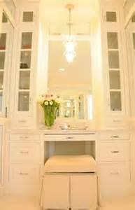 Makeup Vanity Built In Closet 1000 Ideas About Built In Vanity On Vanities