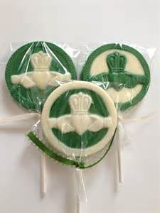Shamrock Wedding Favors by 351 Best Images About Theme On